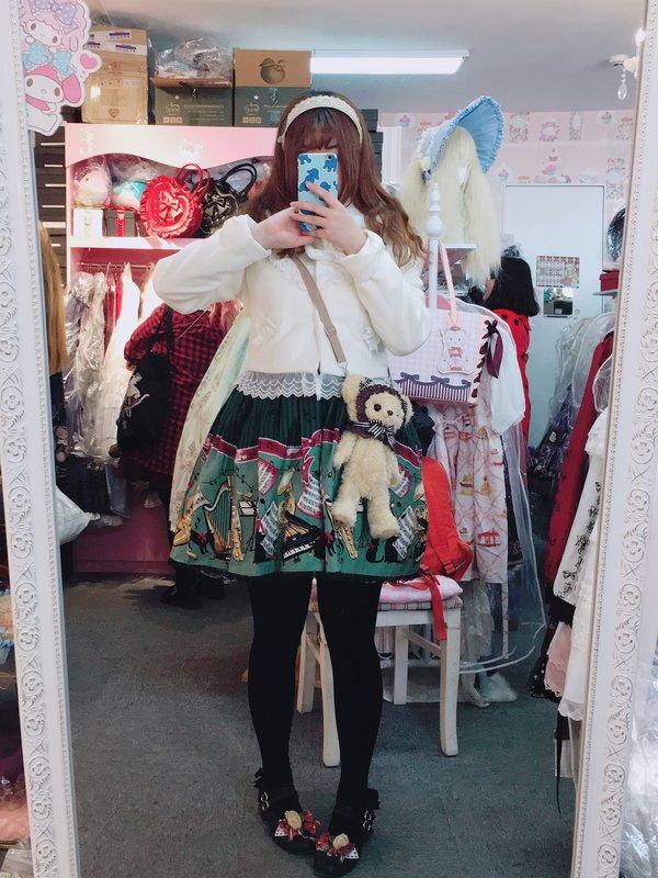 是なゆき以「Lolita」为主题投稿的照片(2018/04/06)
