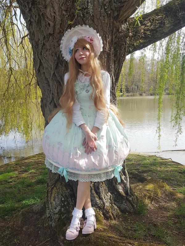 Mew Fairydollの「Sweet Classic Lolita」をテーマにしたコーディネート(2018/04/08)