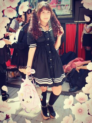 Ahiri's 「Lolita」themed photo (2018/04/09)
