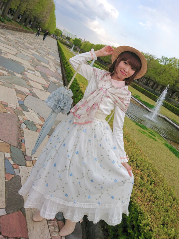 さぶれーぬの「Country Lolita」をテーマにしたコーディネート(2018/04/11)