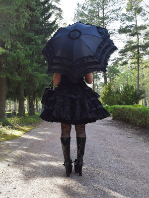 Marjo Laine's 「Umbrella」themed photo (2018/04/17)