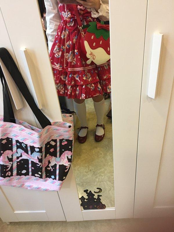 是あきこ以「Angelic pretty」为主题投稿的照片(2016/12/23)