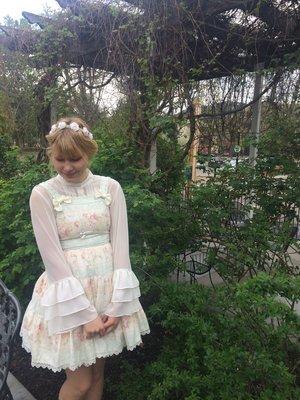 是Victory Cake以「Lolita」为主题投稿的照片(2018/05/10)