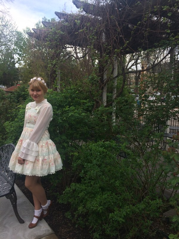 Victory Cake's 「Lolita fashion」themed photo (2018/05/10)