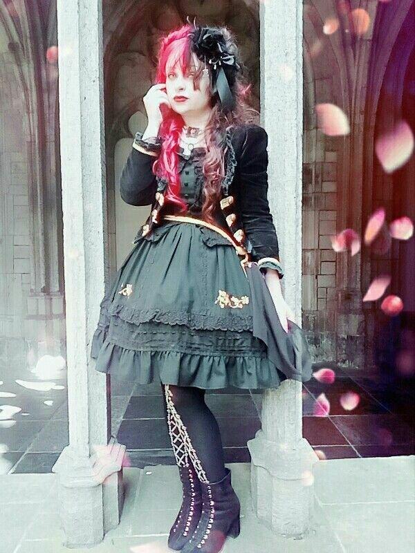 ヘレネ アラベルラ ブトの「Gothic Lolita」をテーマにしたコーディネート(2018/05/13)