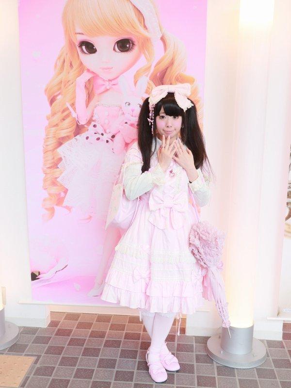 是モヨコ以「Lolita」为主题投稿的照片(2018/05/14)