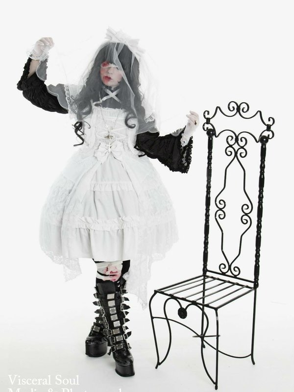 DollieVampire's 「Gothic」themed photo (2017/01/10)