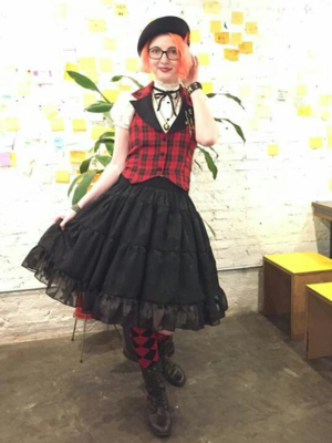 Annah Hel's 「Punk Lolita」themed photo (2018/05/17)