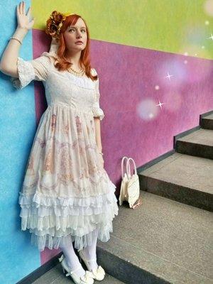 Naturally Cuteの「Lolita」をテーマにしたコーディネート(2018/05/30)