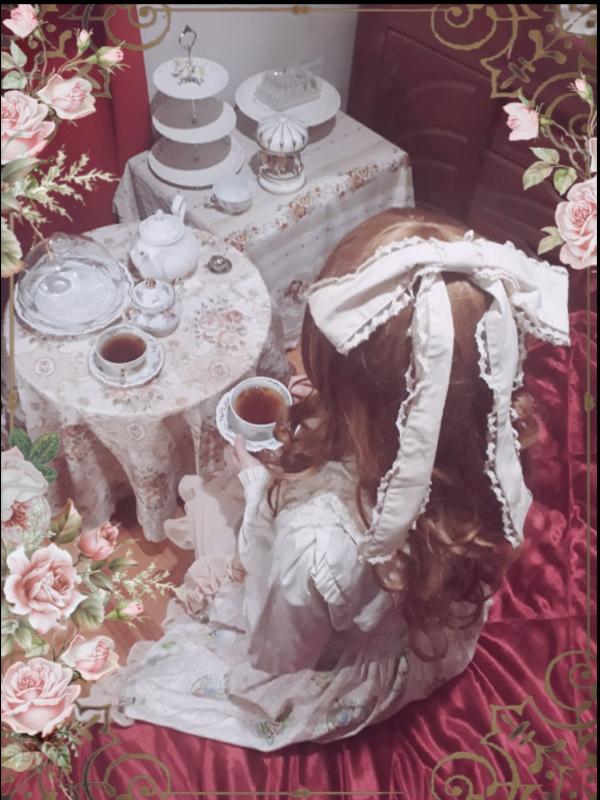Pumucky's 「Lolita」themed photo (2018/06/03)