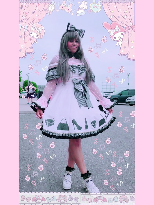 Marina 's 「Lolita fashion」themed photo (2018/06/05)