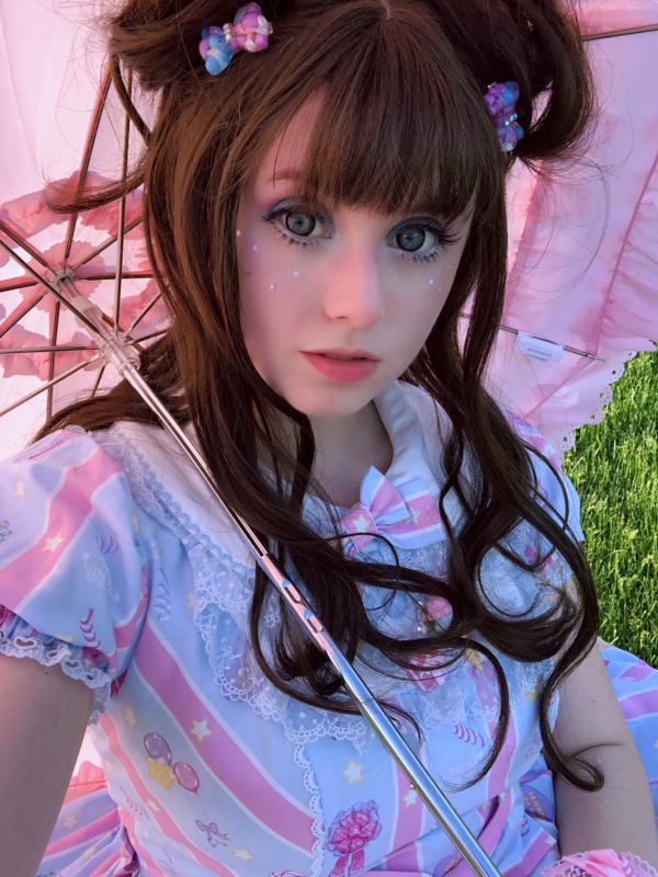 Pixy's 「Lolita」themed photo (2018/06/11)