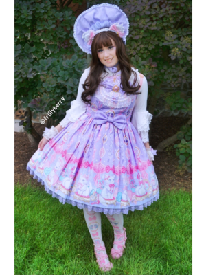Pixy's 「Lolita fashion」themed photo (2018/06/11)