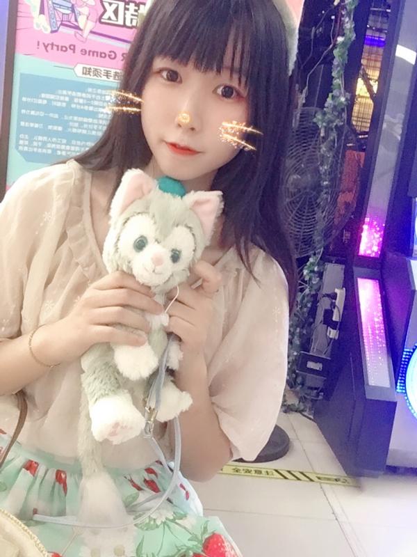 金克丝_JINX's 「Lolita」themed photo (2018/06/15)