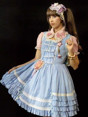 Emilia Nogueira's 「Angelic pretty」themed photo (2018/07/02)