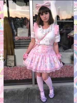 Pixy's 「Lolita」themed photo (2018/07/06)