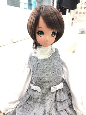 Lucia's 「doll」themed photo (2017/03/03)
