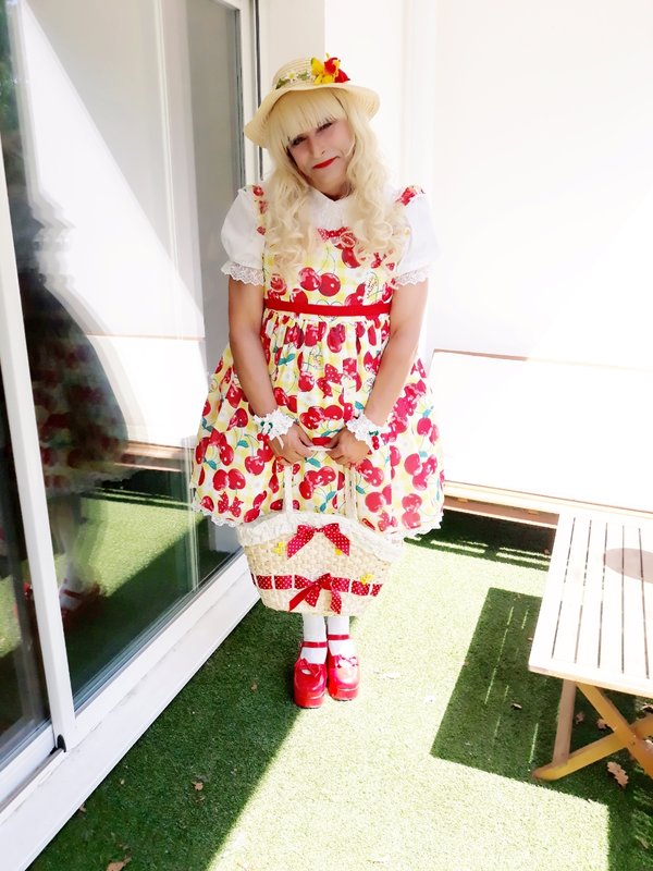 Anaïsse's 「Lolita fashion」themed photo (2018/07/20)