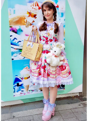Kay DeAngelisの「Harajuku Fashion Walk」をテーマにしたコーディネート(2018/07/23)