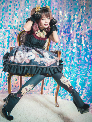 林南舒's 「Enchantlic Enchantilly」themed photo (2018/07/31)