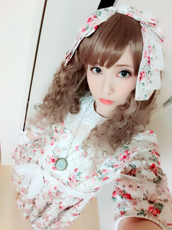 Hiro*'s 「Lolita」themed photo (2018/08/01)