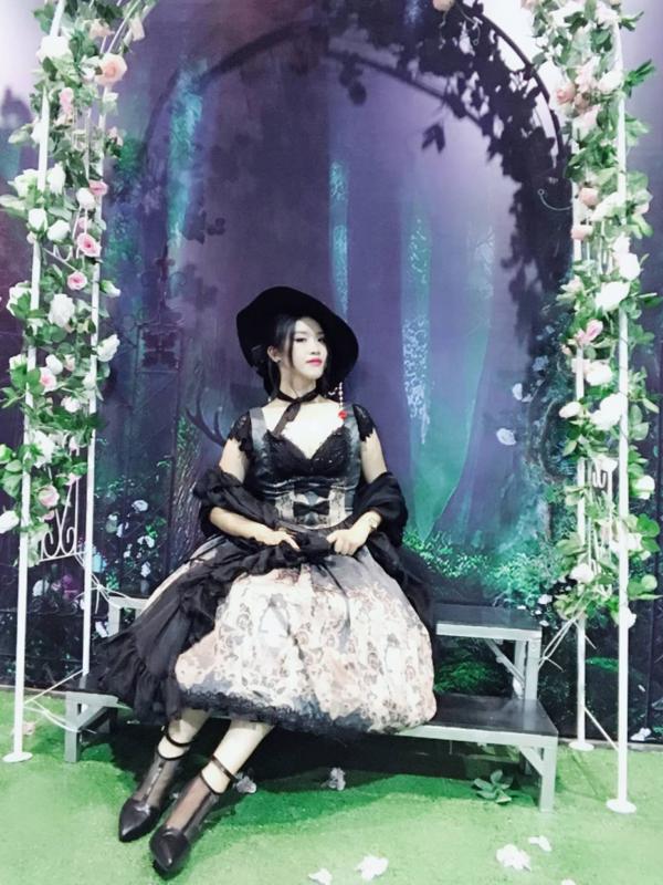 是沙夏A以「Gothic Lolita」为主题投稿的照片(2018/08/05)