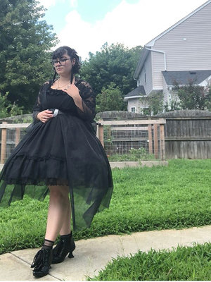 Alex Reichertの「Lolita」をテーマにしたコーディネート(2018/08/09)