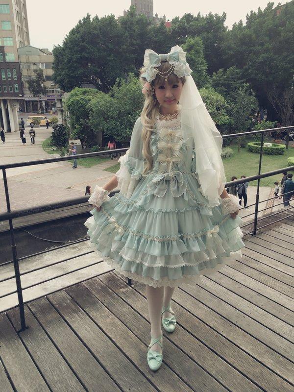 万梨音 Marion's 「Lolita」themed photo (2017/03/17)