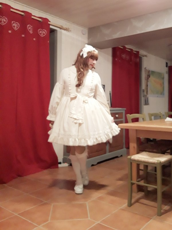 Anaïsse's 「Lolita fashion」themed photo (2018/08/16)