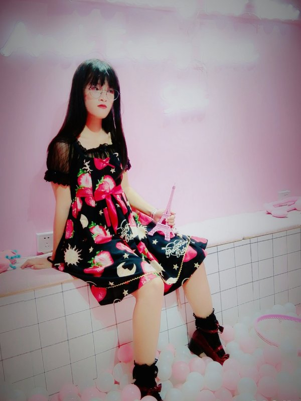 -长明-'s 「Lolita」themed photo (2018/08/26)
