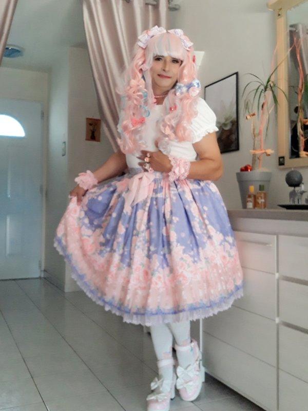Anaïsse's 「Lolita」themed photo (2018/09/03)