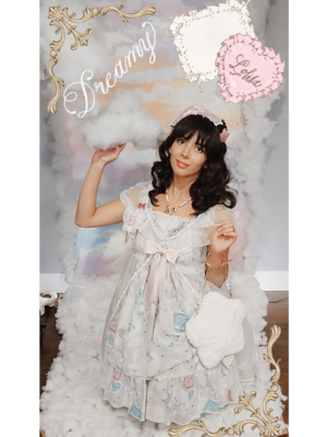 Eugenia Salinas's 「Lolita fashion」themed photo (2018/09/10)