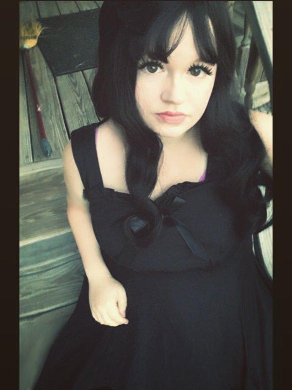 Adina 's 「Gothic」themed photo (2018/09/11)