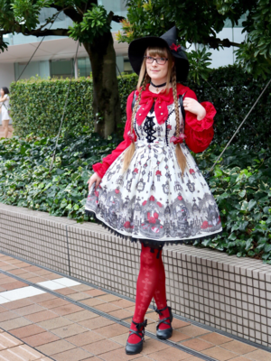Noke's 「Lolita fashion」themed photo (2018/09/13)