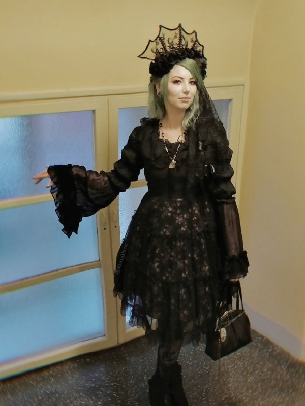 MadamMotte's 「Gothic Lolita」themed photo (2018/09/18)
