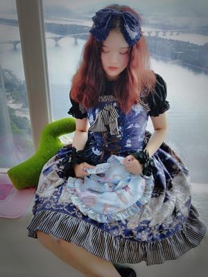 Vivian Unicorn 's 「JSK」themed photo (2018/09/22)