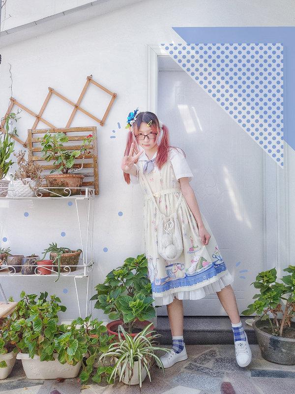 pineappledaze's 「JSK」themed photo (2018/09/22)