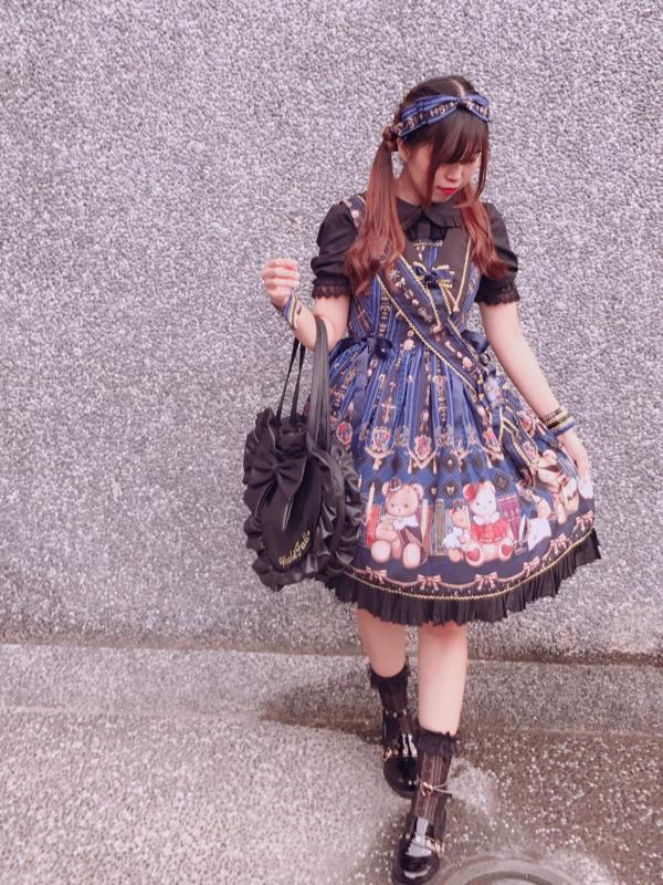 晴奈Haruna's 「Lolita」themed photo (2018/09/25)