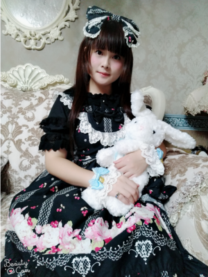 Sayuki's 「Lolita fashion」themed photo (2018/09/30)