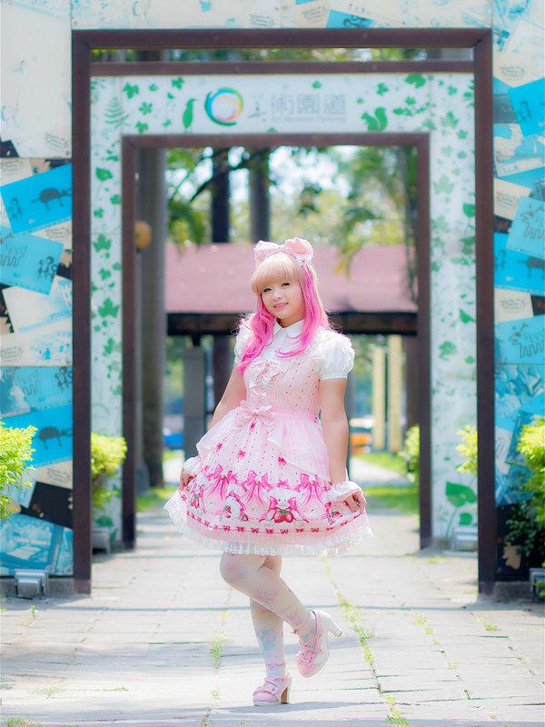 薇薇's 「Lolita」themed photo (2018/09/30)