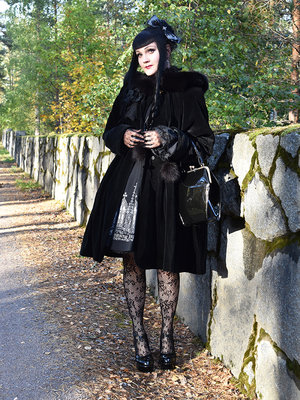 Marjo Laine's 「Gothic」themed photo (2018/10/02)