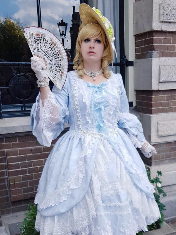 Anna Maria's 「Lolita」themed photo (2018/10/03)