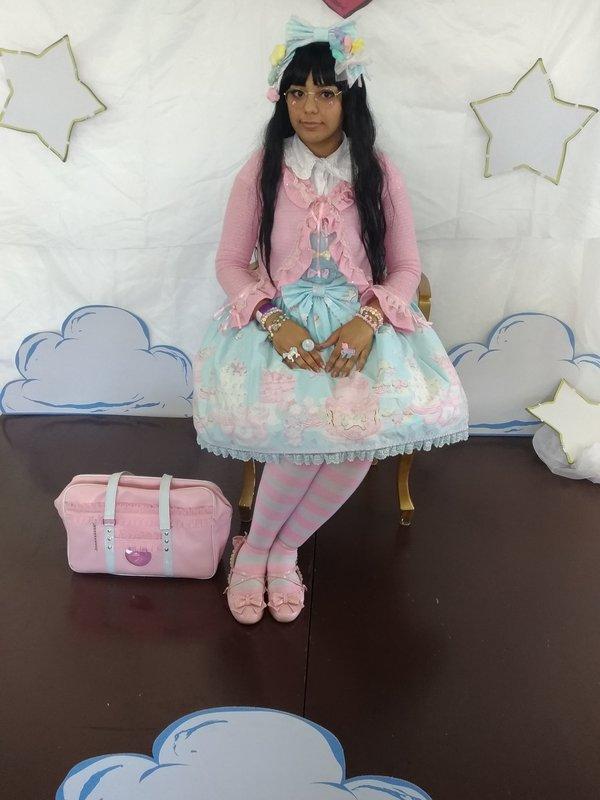 Andreza Gonçalves's 「Lolita」themed photo (2018/10/03)