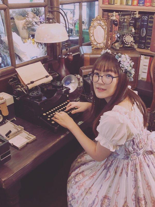 Aricy Mist 艾莉鵝の「Lolita」をテーマにしたコーディネート(2018/10/07)