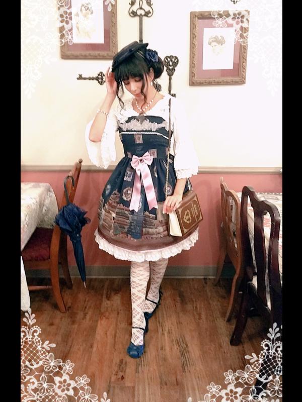 Eugenia Salinas's 「Lolita」themed photo (2018/10/08)