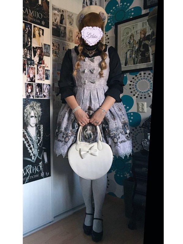 Anna Maria's 「Lolita」themed photo (2018/10/08)