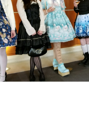 科林/Resa's 「Lolita」themed photo (2018/10/14)
