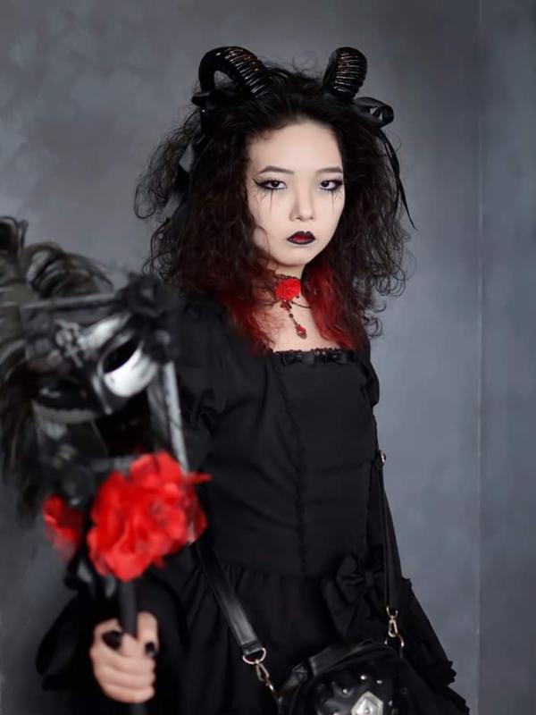 Qiqi's 「Lolita」themed photo (2018/10/16)