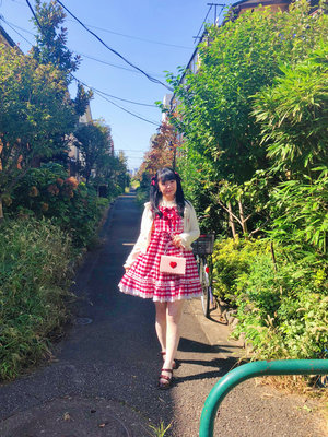 舞's 「Sweet lolita」themed photo (2018/10/24)