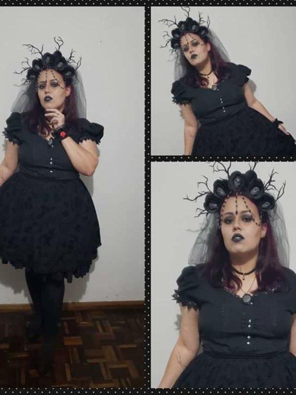 Roberta Brandão's 「Halloween」themed photo (2018/10/29)